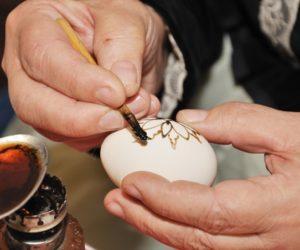 Yumurta Büyüsü Nasıl Yapılır?
