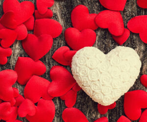 Acil Aşk Büyüsü Yaptırmak İstiyorum